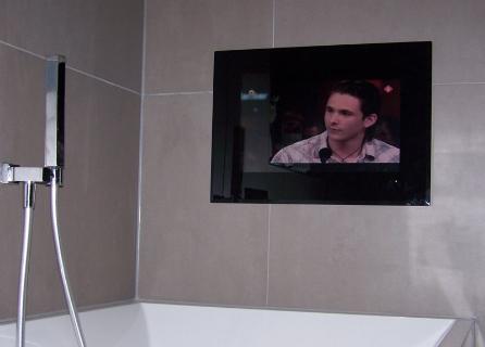 Inbouw tv 17 splashvision taka ati17 inbouw tv - Spiegel tv badkamer ...